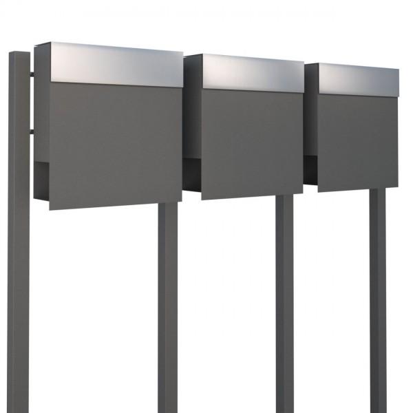 Postkastsysteem Manhattan voor drie Grijs Mettallic met RVS inwerpklep