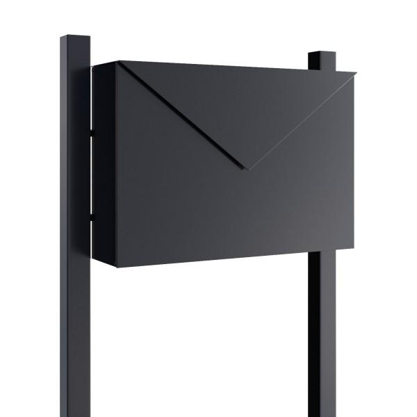 Vrijstaande brievenbus Letter Zwart